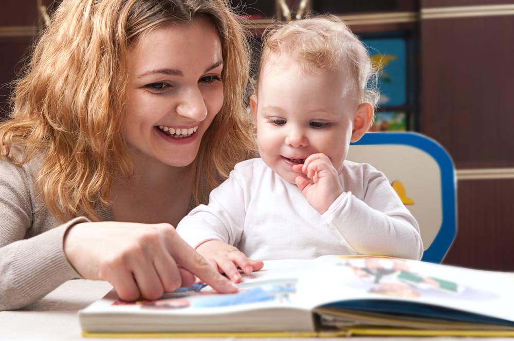 Resultado de imagen para leyendo a tu bebé